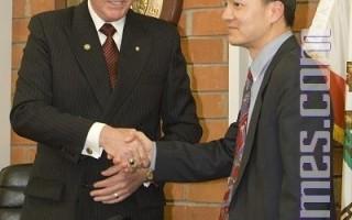华裔参政日增 加州又添一华人市长