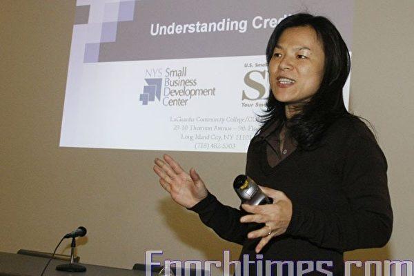 華人移民生活新課題﹕建立信用