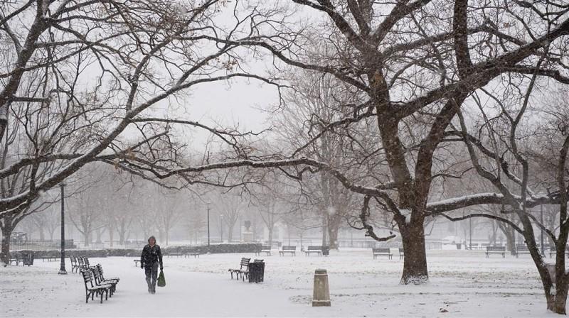 暴風雪襲美中部和東部 八千萬人將受影響