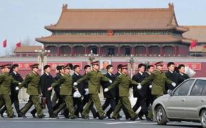 """两会办成了中国政界的""""春晚""""?(3)"""