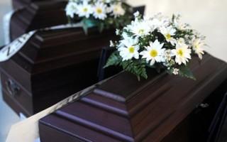 穿壽衣躺棺材 南韓吹起死亡體驗風