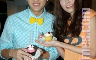 郭美美做蛋糕  想幫黃靖倫孝親