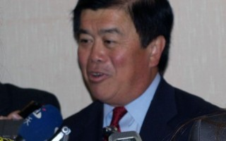华裔议员吴振伟:网络自由有助社会稳定