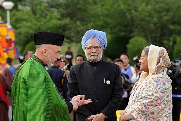 寻求外交破冰 印巴总理不丹会晤