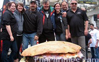 加拿大多倫多誕生世界最大漢堡