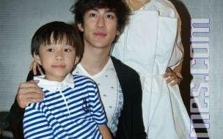 《歲月神偷》抵台宣傳   港版王力宏和小小彬搶鏡