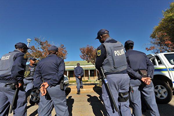 8中國留學生南非遇劫1死 親歷者述驚險一幕