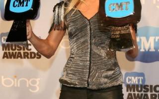 组图:2010年美国乡村音乐奖获奖名单