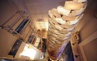 世界最高蛋糕塔 一天即傾