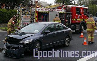 墨尔本博士山今晨发生严重车祸 无人员伤亡