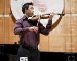 茱莉亞音樂學院本科4年級學生李可林(Corin Lee)表示在所有參賽規定曲目中,他最喜歡巴哈的賦格曲,因為其技巧難度高。(攝影﹕愛德華/ 大紀元)