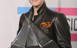 2010全美音樂獎  小賈斯汀成大贏家