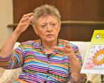 巴爾‧西諾西提醒說,愛滋病對人類的威脅並未解除,所以不能掉以輕心。而在對抗愛滋病方面,她相信民眾教育很重要。(攝影:鄺天明 / 大紀元)
