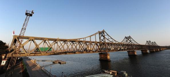 封友誼大橋停航線 習近平對金正恩攤牌?