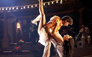 印度新片俊美男主角為愛逃亡 大秀精采熱舞