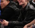 流行歌手贾斯汀·比伯 (Justin Bieber) 前往观看NBA篮球赛达拉斯小牛VS纽约尼克斯队的比赛。(图/Getty Images)