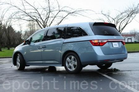 2011 Honda Odyssey。 (攝影: 李奧 / 大紀元)