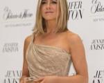 美国影星珍妮弗·安妮斯顿(Jennifer Aniston)现身墨西哥宣传同名个人品牌香水。(图/Getty Images)