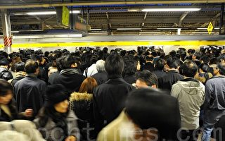 東京大停電前夕 交通超擁擠