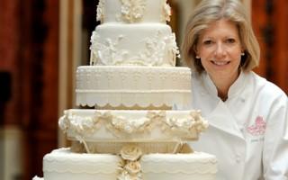 组图:威廉王子婚宴八层蛋糕精致典雅