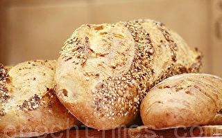 法國麵包店老闆賺錢多?