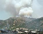 圖:發生在聖地亞哥東北的印第安保留地的「鷹火」是加州今年第一起最大的野火。(攝影: 加州消防局提供)