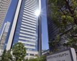 日本报界大幅报导,日本最大军火生产商三菱重工业公司制造及研发地点的服务器和电脑网络攻击,病毒当中包含中文简体字。图为三菱重工位于东京的总部(YOSHIKAZU TSUNO/AFP/Getty Images)