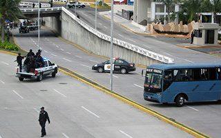 墨西哥2卡车内 惊见35尸