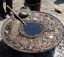 中國年300萬噸地溝油上餐桌 高新企業煉油賣14省