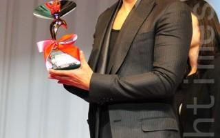 推廣文化貢獻 李炳憲獲得韓國總統表彰