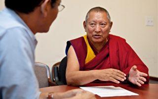 图为格尔登寺的最高精神领袖格德仁波切(Kirti Rinpoche)接受《大纪元时报》专访时所摄。(Amal Chen/The Epoch Times)