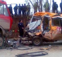 甘肅娃娃車超載6倍撞車慘案 20死18重傷