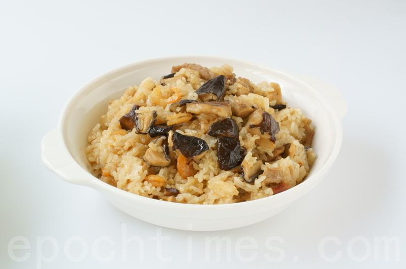【美食典故】滿月油飯與麻油雞