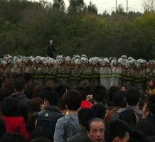 广东又爆发抗议 汕头3万人占镇政府堵高速遭镇压