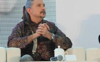 马修连恩出席公益活动 用音乐传播环保