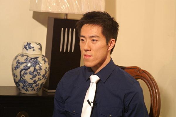 吳巡天於2012年3月在紐約接受採訪(大紀元)