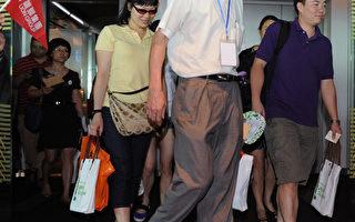 大陆客游台湾损公物 惹怒台湾人