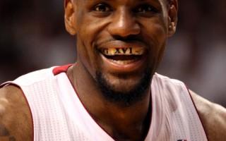 「小皇帝」詹姆斯獲選NBA年度MVP