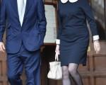 瑞貝卡‧布魯克斯是默多克的得力助手。圖為她和丈夫查理。(Christopher Furlong/Getty Images)