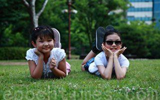 韩国新式育儿经 大学生保姆受青睐