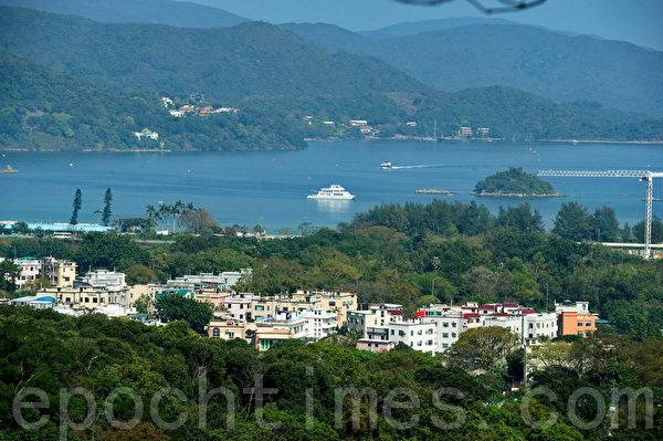西贡的海景,以及附近的岛屿,靓景靓风水的组合!(摄影:宋祥龙/大纪元)
