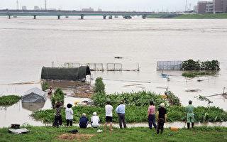 日九州破纪录暴雨 20死7失踪