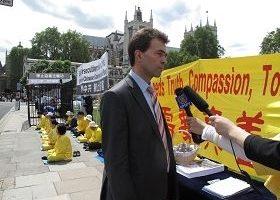 英国会议员人权组织谴责中共迫害法轮功