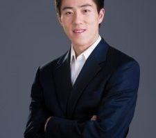 神韻領舞吳巡天 中國舞蹈大賽托起的耀眼明星