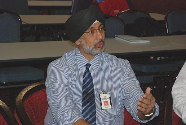 马来西亚器官移植协会主席拿督哈吉•星医生表示,身为有责任感的医生将阻止病人涉及非法器官移植行为。(明慧网)