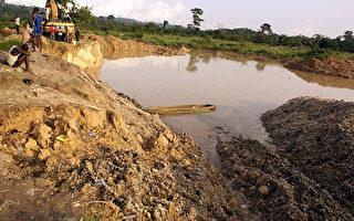 加纳军警又逮捕34名中国采金者