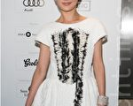 9月9日周迅以一袭公主裙清新亮相与多伦多电影节现场。(摄影:李莎/大纪元)