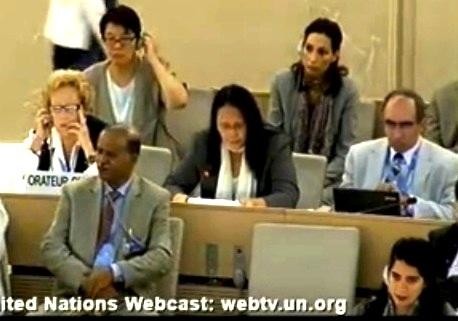 全球大纪元总编辑郭君女士(第二排中间)于9月18日在21届联合国人权大会上曝光中国发生活摘法轮功学员器官事件及呼吁联合国独立调查。(大纪元网络截图)