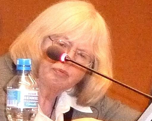 在21届联合国人权理事会会场万国宫主持两部关于法轮功真相及活摘法轮功学员器官的国际获大奖电影放映会、座谈会的是世界妇女组织主席Afton Bulter女士。(摄影:董韵/大纪元)
