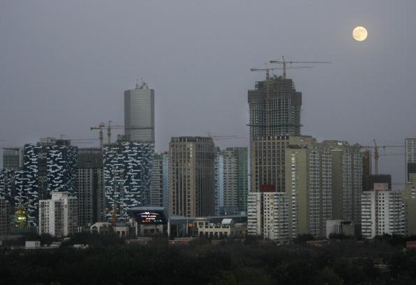 經濟脆弱 陸20城房租連跌4個月 租客大減